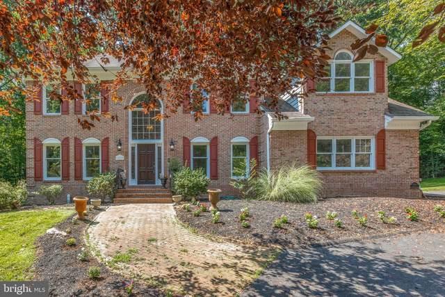 12219 Henderson Road, CLIFTON, VA 20124 (#VAFX2010752) :: Debbie Dogrul Associates - Long and Foster Real Estate