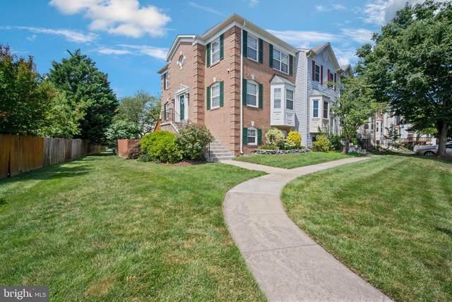 6112 Grogans Court, CENTREVILLE, VA 20121 (#VAFX2010990) :: Debbie Dogrul Associates - Long and Foster Real Estate