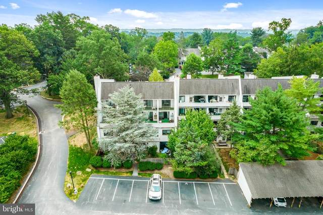 296 Summit House, WEST CHESTER, PA 19382 (#PACT2004100) :: Team Martinez Delaware