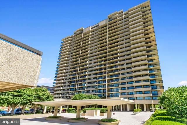 400 Madison Street #807, ALEXANDRIA, VA 22314 (#VAAX2002178) :: Debbie Dogrul Associates - Long and Foster Real Estate