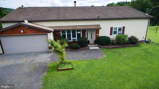 3236 Summer Valley Road, NEW RINGGOLD, PA 17960 (#PASK2000892) :: The Joy Daniels Real Estate Group