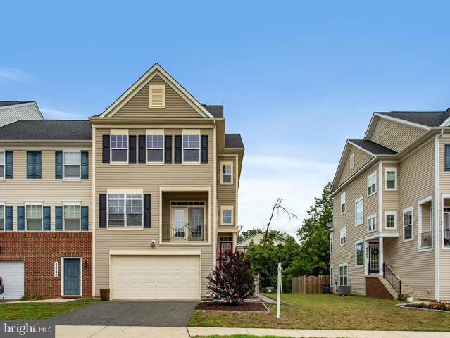 42298 Shoover Square, CHANTILLY, VA 20152 (#VALO2005818) :: The Maryland Group of Long & Foster Real Estate