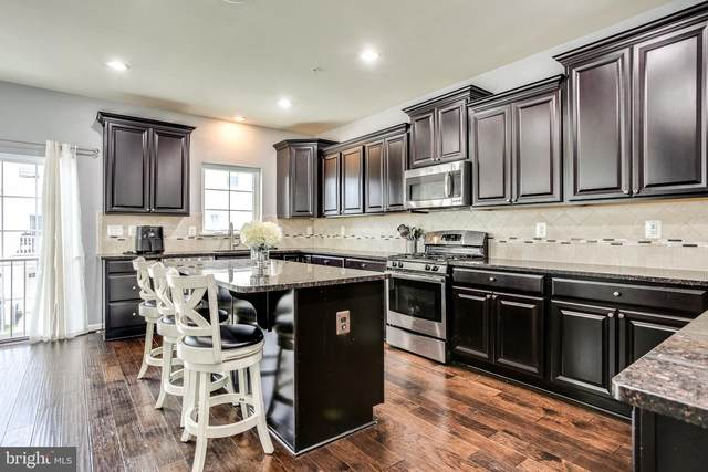 7202 Albion Way, HANOVER, MD 21076 (#MDHW2003562) :: The Gus Anthony Team