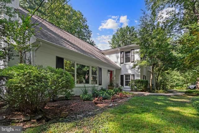 1240 Daleview Drive, MCLEAN, VA 22102 (#VAFX2018926) :: Colgan Real Estate