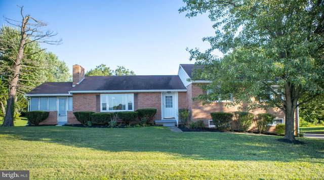 120 N Edgewood Drive, HAGERSTOWN, MD 21740 (#MDWA2002070) :: The Maryland Group of Long & Foster Real Estate