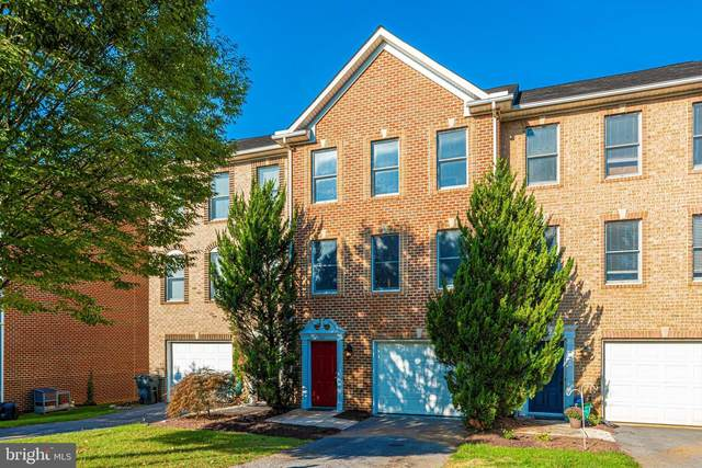 545 Pangborn Boulevard, HAGERSTOWN, MD 21742 (#MDWA2002690) :: The Mike Coleman Team