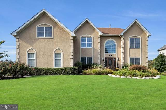 147 Country Club Drive, MOORESTOWN, NJ 08057 (#NJBL2009024) :: Tom Toole Sales Group at RE/MAX Main Line