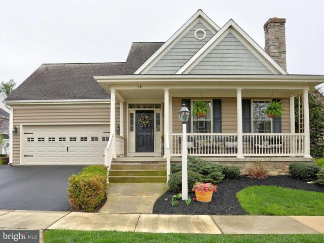 38 Breeze Way, LANCASTER, PA 17602 (#1000465724) :: The Heather Neidlinger Team With Berkshire Hathaway HomeServices Homesale Realty