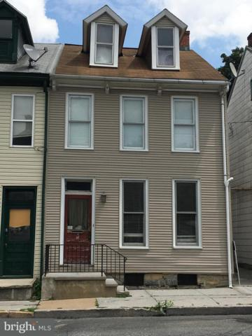 304 S 6TH Street, LEBANON, PA 17042 (#1001931400) :: The Joy Daniels Real Estate Group