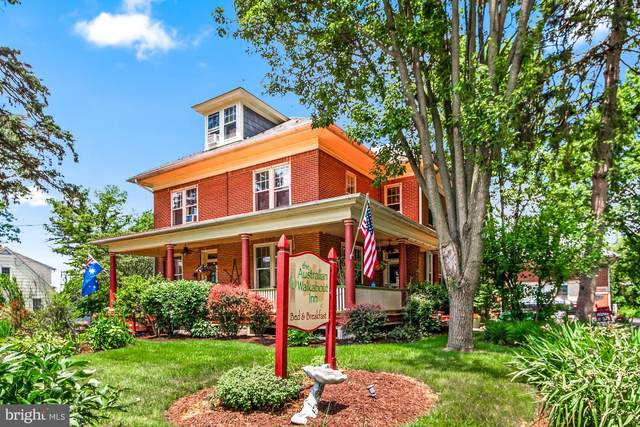 837 Village Road, LANCASTER, PA 17602 (#1002357576) :: Iron Valley Real Estate