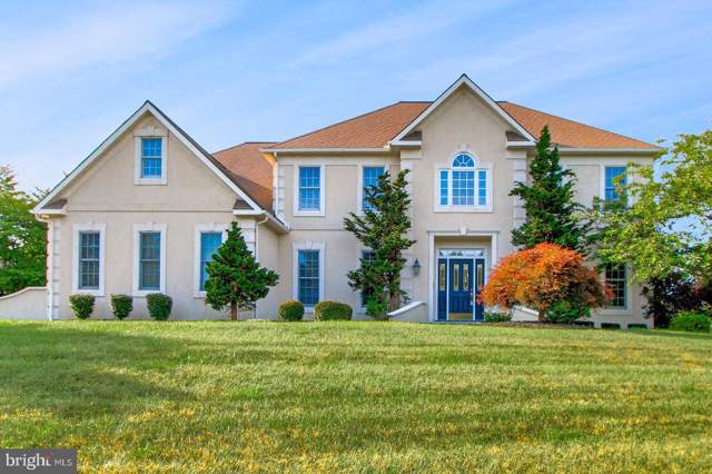 825 Rosewood Lane, YORK, PA 17403 (#PAYK110284) :: The Heather Neidlinger Team With Berkshire Hathaway HomeServices Homesale Realty