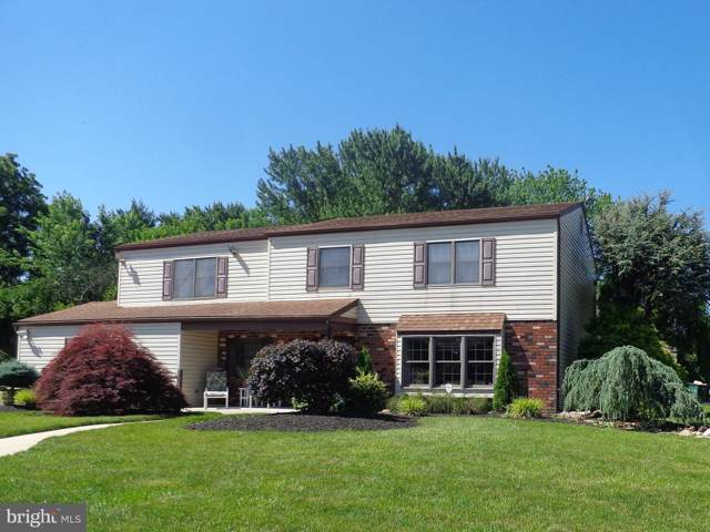 326 Stevenson Circle, LAFAYETTE HILL, PA 19444 (#PAMC616084) :: ExecuHome Realty