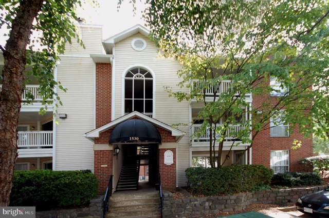1530 Lincoln Way #304, MCLEAN, VA 22102 (#VAFX1089334) :: The Licata Group/Keller Williams Realty