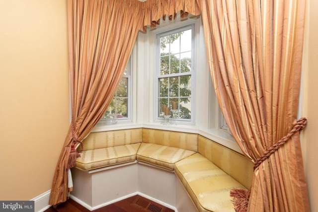 204 Walnut Street, JENKINTOWN, PA 19046 (#PAMC627814) :: Viva the Life Properties