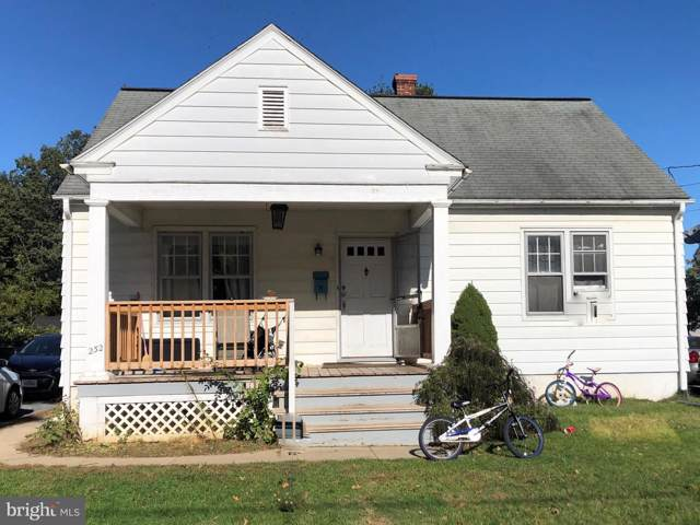 232 E Ferdinand Street, MANHEIM, PA 17545 (#PALA141626) :: John Smith Real Estate Group