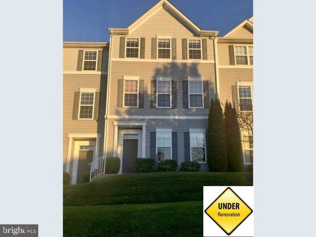 1128 Blue Bird Lane, YORK, PA 17402 (#PAYK127740) :: The Heather Neidlinger Team With Berkshire Hathaway HomeServices Homesale Realty