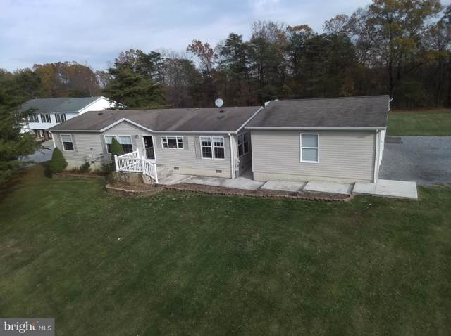 63 Winfrey Lane, HEDGESVILLE, WV 25427 (#WVBE172798) :: Homes to Heart Group