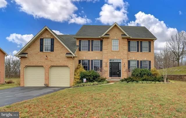 382 Moss Spring Avenue, GREENCASTLE, PA 17225 (#PAFL170806) :: The Joy Daniels Real Estate Group