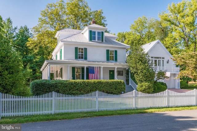 9330 Old Burke Lake Road, BURKE, VA 22015 (#VAFX1113874) :: Great Falls Great Homes