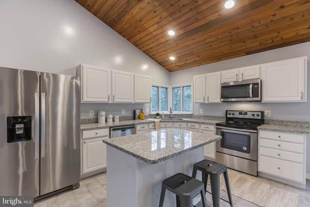 2767 Cove Lake Street, LUSBY, MD 20657 (#MDCA174938) :: City Smart Living