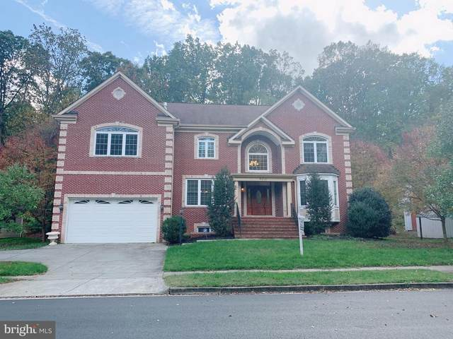 9213 Arabian Avenue, VIENNA, VA 22182 (#VAFX1162278) :: Blackwell Real Estate