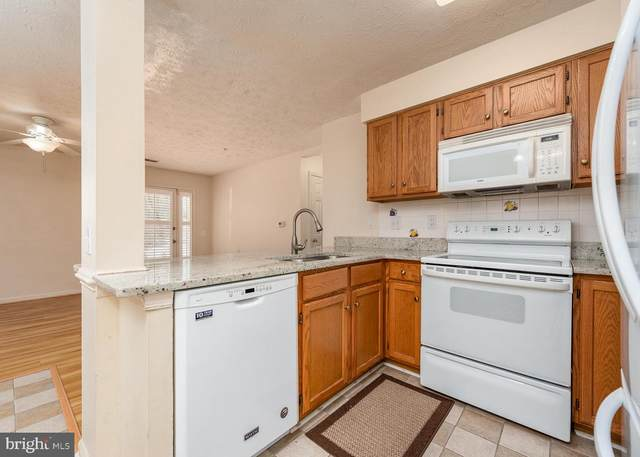 6330 Bayberry Court #802, ELKRIDGE, MD 21075 (#MDHW288600) :: Jacobs & Co. Real Estate
