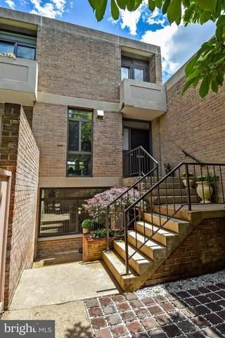 309 N Street SW #84, WASHINGTON, DC 20024 (#DCDC518656) :: Dart Homes