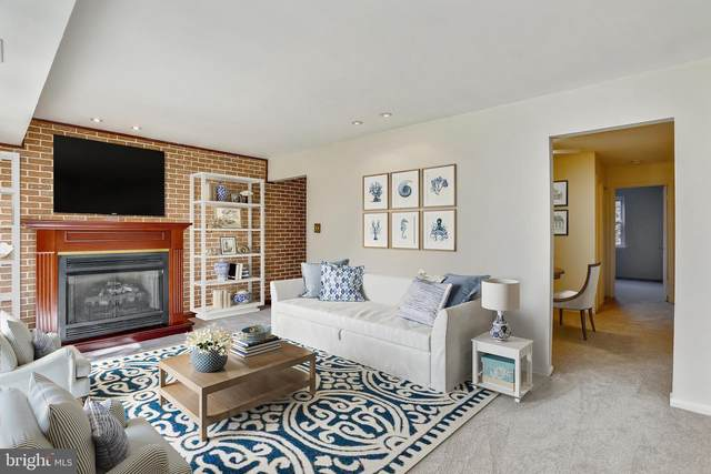 864 College Parkway #101, ROCKVILLE, MD 20850 (#MDMC757656) :: Peter Knapp Realty Group