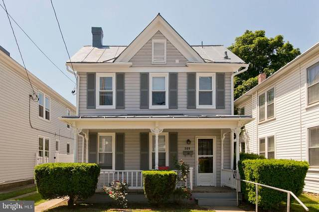309 E Piccadilly Street, WINCHESTER, VA 22601 (#VAWI116188) :: The Schiff Home Team