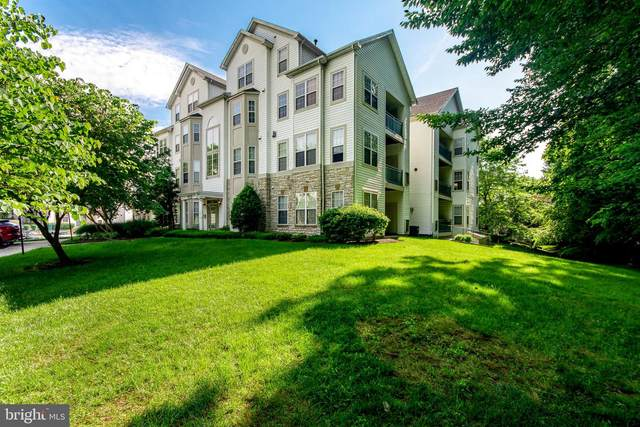 15605 Everglade Lane A-302, BOWIE, MD 20716 (#MDPG609276) :: Berkshire Hathaway HomeServices McNelis Group Properties