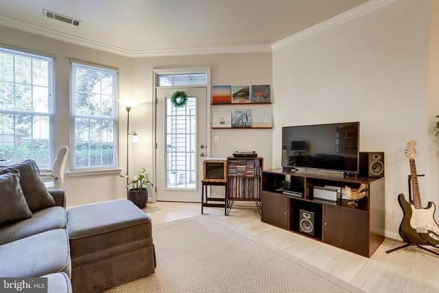 2301 25TH Street S 4-108, ARLINGTON, VA 22206 (#VAAR2000728) :: Debbie Dogrul Associates - Long and Foster Real Estate