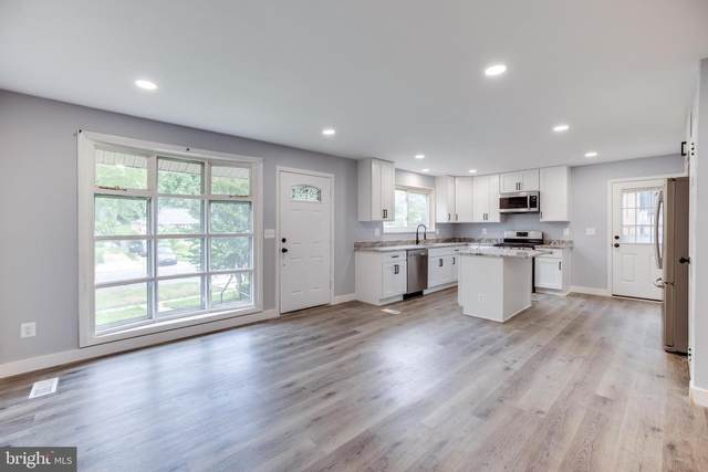 3211 28TH Parkway, TEMPLE HILLS, MD 20748 (#MDPG2003348) :: Sunrise Home Sales Team of Mackintosh Inc Realtors
