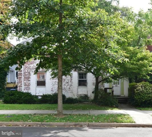 4537 38TH Street NW, WASHINGTON, DC 20016 (#DCDC2013026) :: Compass