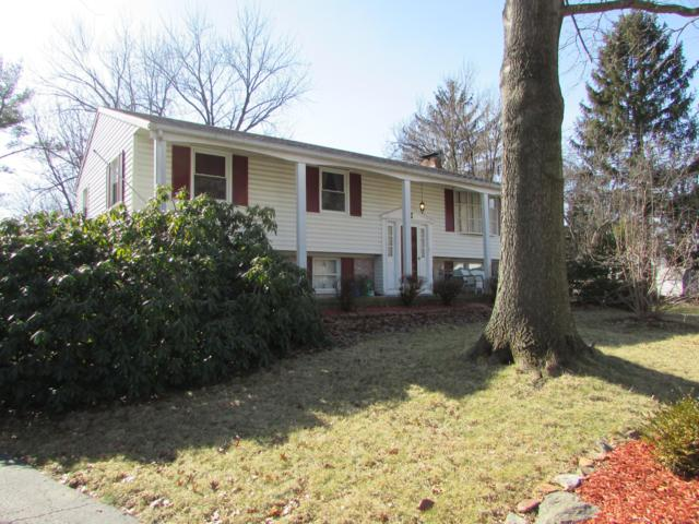 22 Strassburg Circle, SHREWSBURY, PA 17361 (#1000142722) :: The Heather Neidlinger Team With Berkshire Hathaway HomeServices Homesale Realty