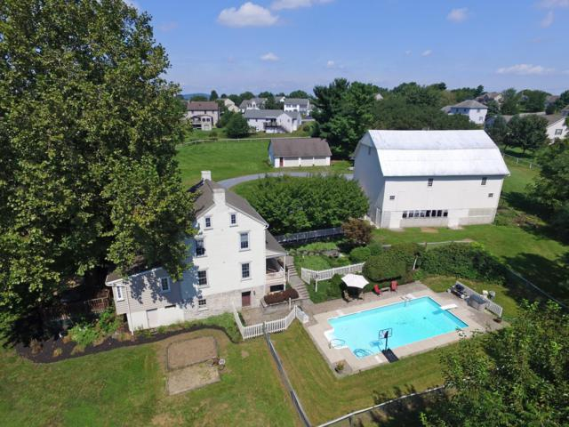 10 Sunset Lane, LITITZ, PA 17543 (#1002488302) :: The Heather Neidlinger Team With Berkshire Hathaway HomeServices Homesale Realty