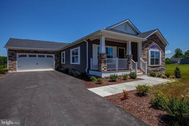 103 Hickory Hill Overlook Court, FREDERICKSBURG, VA 22405 (#VAST165594) :: Tessier Real Estate