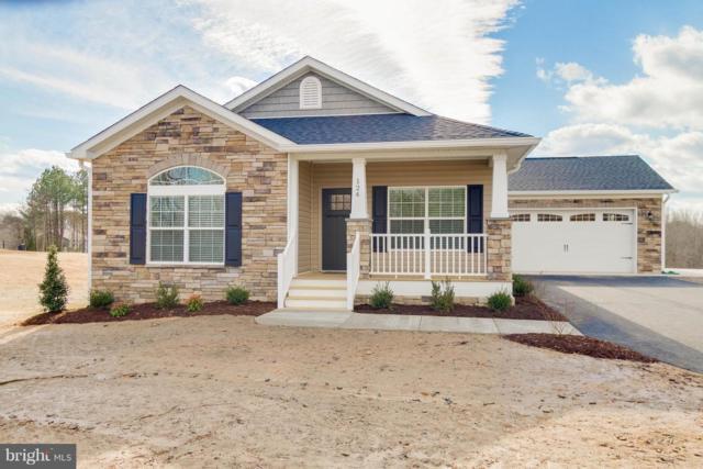 124 Hickory Hill Overlook Court, FREDERICKSBURG, VA 22405 (#VAST166078) :: Tessier Real Estate