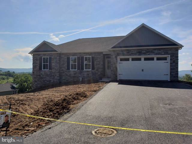 10224 Hunters Ridge, WAYNESBORO, PA 17268 (#PAFL165126) :: The Heather Neidlinger Team With Berkshire Hathaway HomeServices Homesale Realty