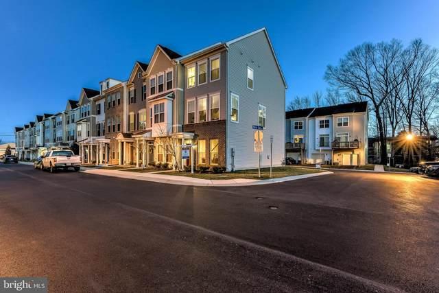 302 White Oak Way, GLEN BURNIE, MD 21061 (#MDAA420202) :: Radiant Home Group
