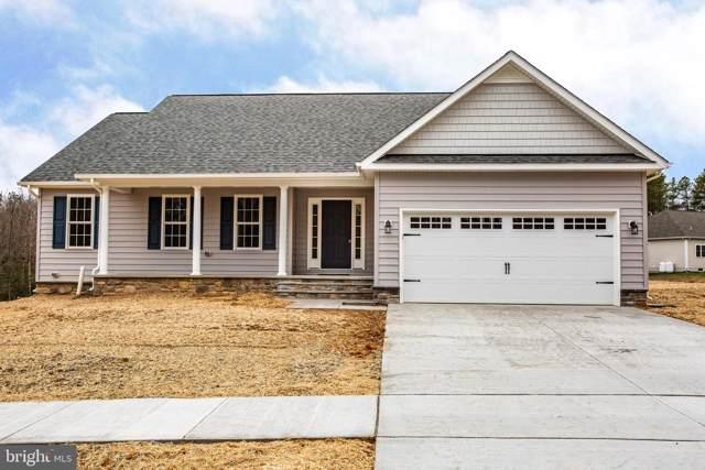17504 Jackson Drive, BOWLING GREEN, VA 22427 (#VACV121422) :: Dart Homes