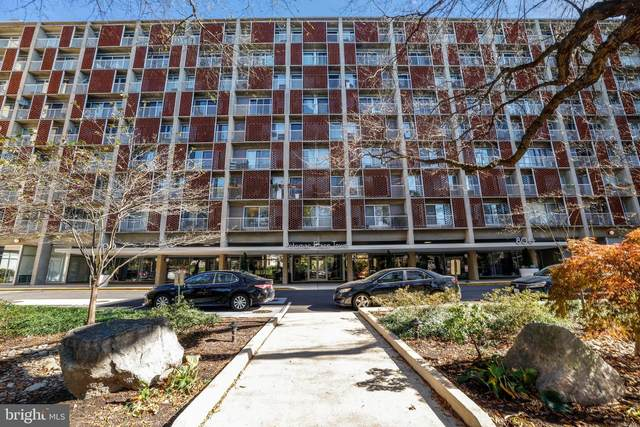800 4TH Street SW S203, WASHINGTON, DC 20024 (#DCDC496440) :: Arlington Realty, Inc.