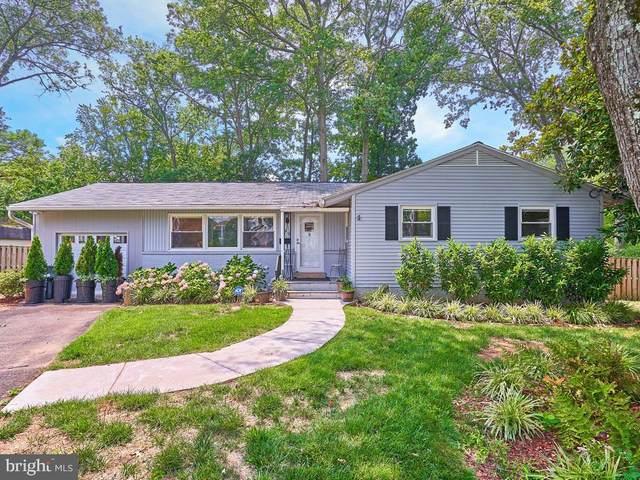 609 Thelma Circle SW, VIENNA, VA 22180 (#VAFX1203670) :: Debbie Dogrul Associates - Long and Foster Real Estate