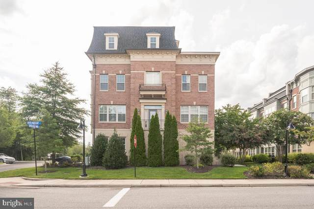 622 Overlook Park Drive #87, OXON HILL, MD 20745 (#MDPG2010368) :: Integrity Home Team