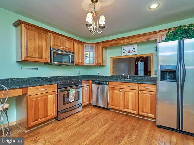 5411 Wycklow Court, ALEXANDRIA, VA 22304 (#VAAX2001152) :: Sunrise Home Sales Team of Mackintosh Inc Realtors