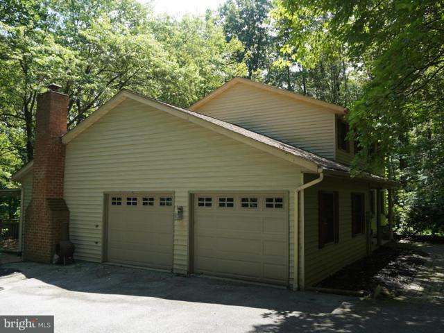 938 Laurel Woods Lane, HANOVER, PA 17331 (#1000104636) :: Benchmark Real Estate Team of KW Keystone Realty