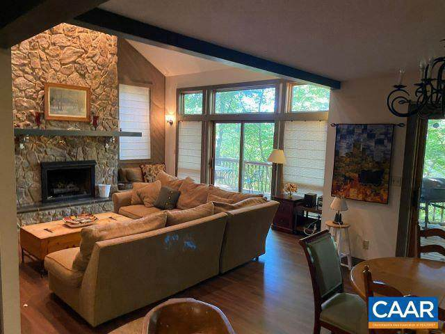 51 Timber Camp Dr Drive, WINTERGREEN RESORT, VA 22967 (#617909) :: Dart Homes