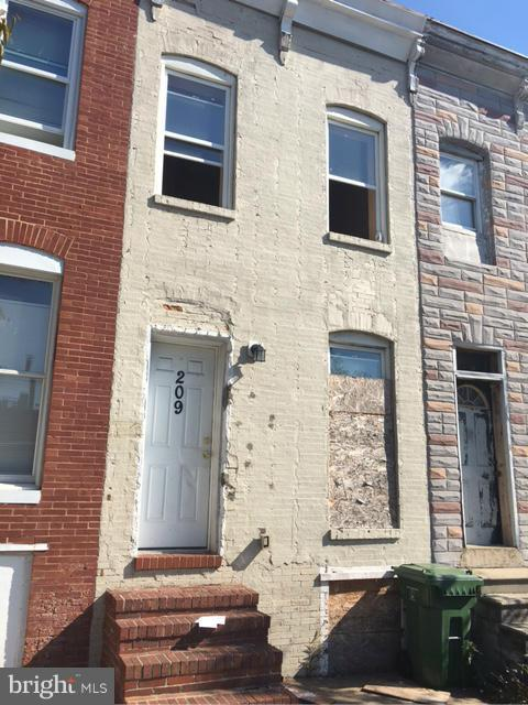 209 Monroe Street S, BALTIMORE, MD 21223 (#1000041027) :: Browning Homes Group