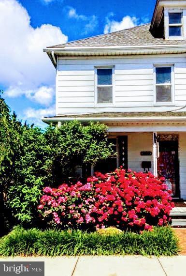 917 Potomac Street, HAGERSTOWN, MD 21740 (#1000070551) :: Colgan Real Estate