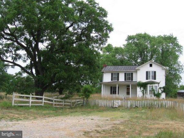 8897 Winchester Road, FRONT ROYAL, VA 22630 (#1000075511) :: Colgan Real Estate