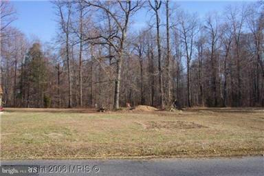 2043 Park Beach Drive, ABERDEEN, MD 21001 (#1000110981) :: Eric Stewart Group